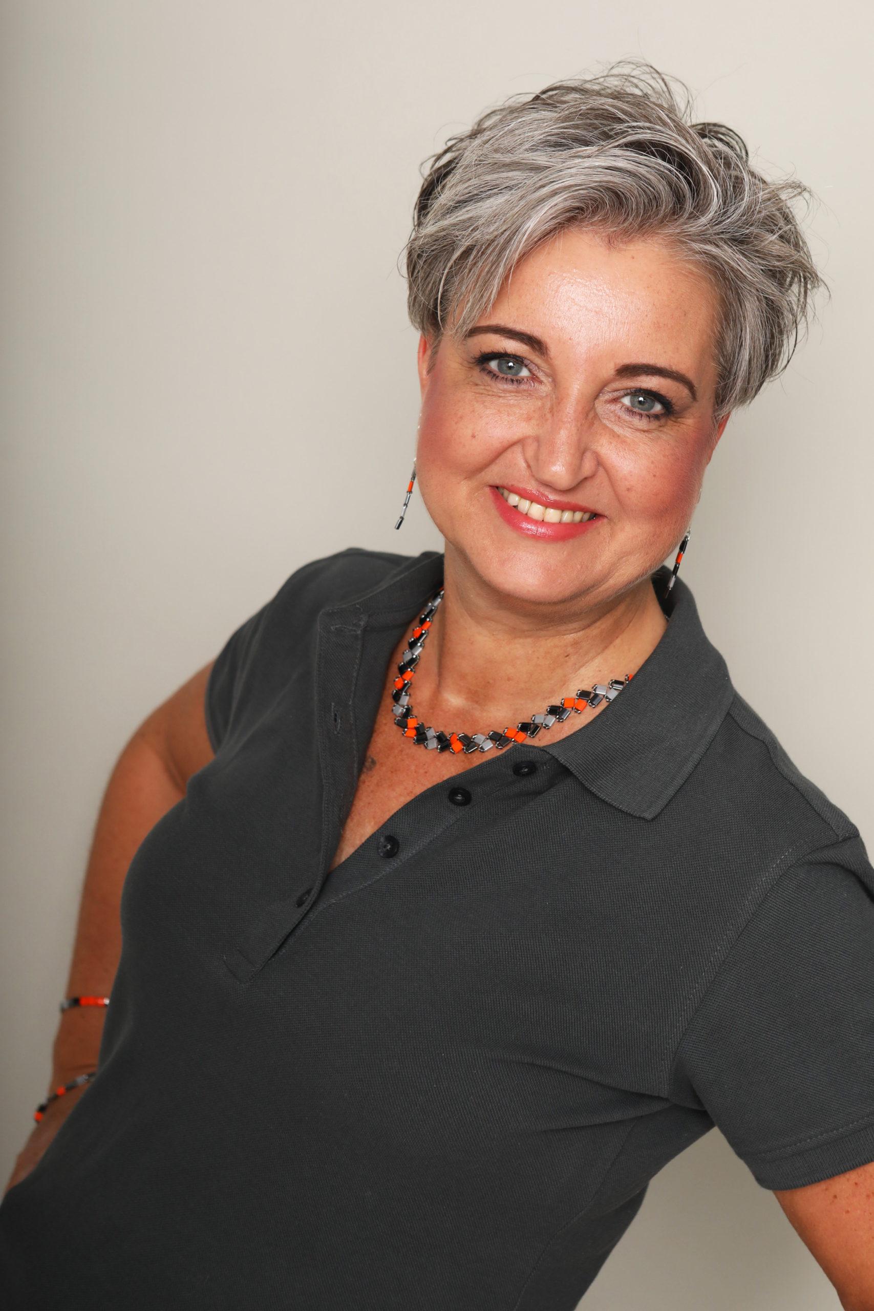 Claudia Salz